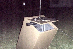 The-V1-Chameleon-Antenna-on-a-trash-can-in-the-park